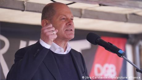 Γερμανία: Ούριος άνεμος ξαφνικά για SPD και Όλαφ Σολτς