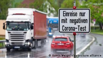 Γερμανοτσεχικά σύνορα, πινακίδα, είσοδος, αρνητικό τεστ, κορωνοϊός,