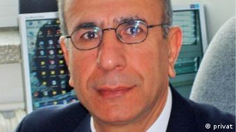 Hacettepe Üniversitesi Uluslararası İlişkiler Bölümü'nden Prof. Dr. Ali Çağlar