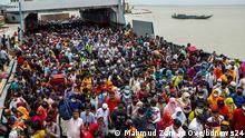 ***ACHTUNG: Bild nur zur mit den Rechteinhabern abgesprochenen Berichterstattung verwenden!*** via Faisal Ahmed Dhaka Bound Crowd at Shimulia Ferry Ghat, Bangladesh. Rights: