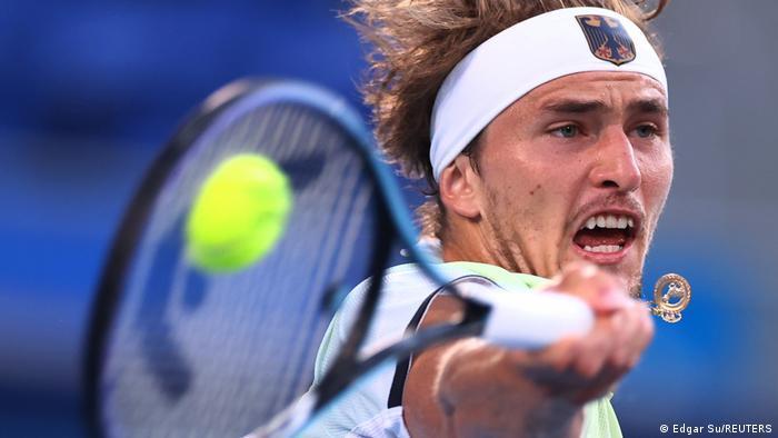 Немецкий теннисист Александер Зверев - победитель Олимпиады-2020 в Токио в одиночном разряде