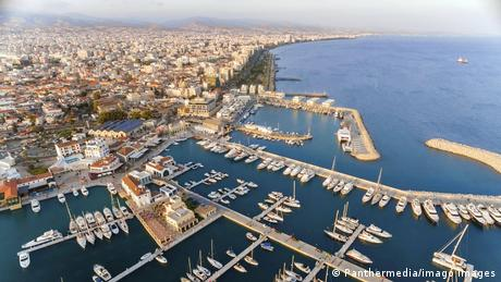 """""""Σιωπή"""" στην Κύπρο παρά τις πιέσεις για τo Pegasus"""