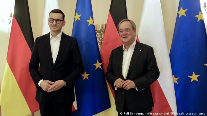Armin Lašet sa Mateušem Moravjeckim tokom posete Poljskoj