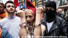 July 17, 2021, Paris, Ile-de-France (region, France: Several hundred people gathered in Paris against the health pass. (Credit Image: © Sadak Souici/Le Pictorium Agency via ZUMA Press
