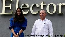 Nicaraguan presidential candidate Oscar Sobalvarro (r) and his running mate Berenice Quezada