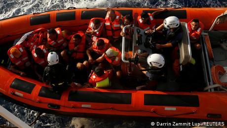 NGO I Sea-Watch 3 rettet Migranten