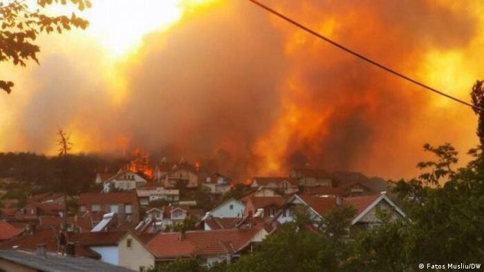 Nordmazedonien Dorf Kocan Waldbrand Feuer