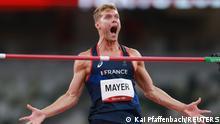 Tokyo 2020 Olympics - Athletics - Men's High Jump - Decathlon High Jump - Olympic Stadium, Tokyo, Japan - August 4, 2021. Kevin Mayer of France celebrates after his jump REUTERS/Kai Pfaffenbach
