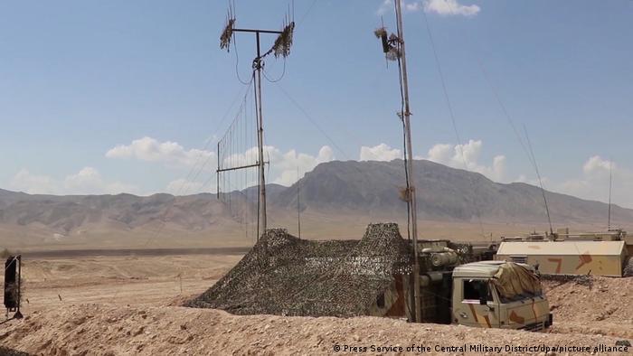 Latihan militer gabungan Rusia-Tajikistan di perbatasan ke Afganistan