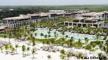 Bild 4 Hotel In den riesigen All-Inclusive-Resorts in der Region Punta Cana in der Dominikanischen Republik kommt der Großteil des Mülls durch den Tourismus zustande Foto: Kata Döhne/DW