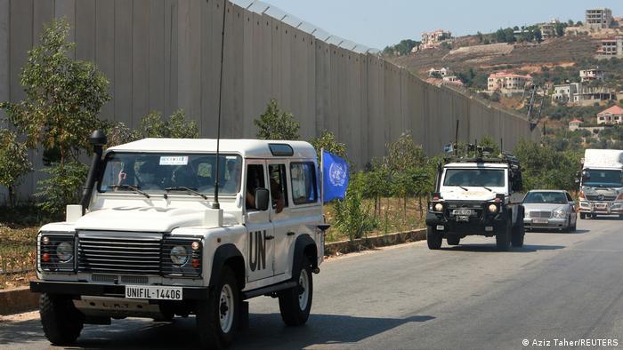 UN-Friedenstruppen patroullieren nahe dem Dorf Adaisseh, Libanon
