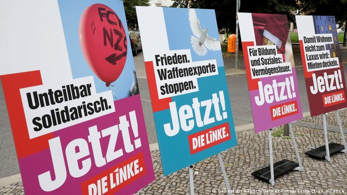 Sol Parti'nin seçim afişleri