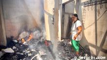 Sabahat Karabacak in ihrem zerstörte Wohnung in Milas.