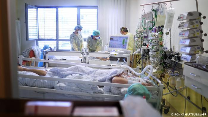 Deutschland | Coronapatienten im Krankenhaus
