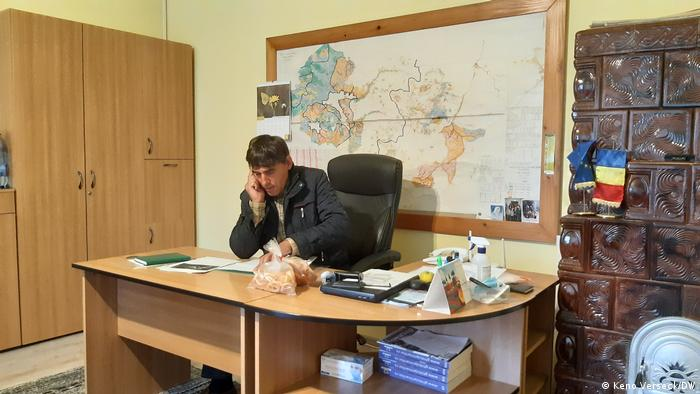 Rumänien | Bärenplage in Ojdula - Bürgermeister Agoston Penzes