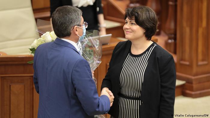 Natalia Gavriliţa, noua şefă de guvern de la Chişinău, şi preşedintele Parlamentului R. Moldova, Igor Grosu