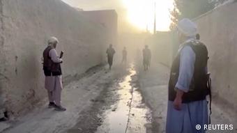 Les talibans, qui avancent à un rythme effréné, contrôlent désormais sept des 34 capitales provinciales afghanes.