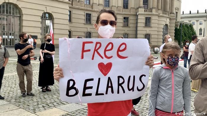 Berlin I Kundgebung der weißrussischen Opposition