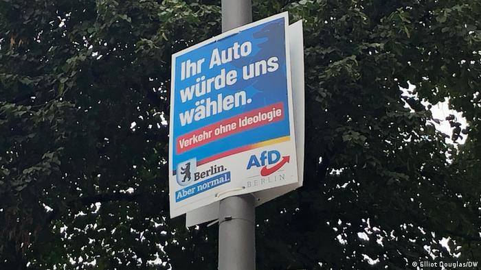 Plakat partai kanan AfD di Berlin