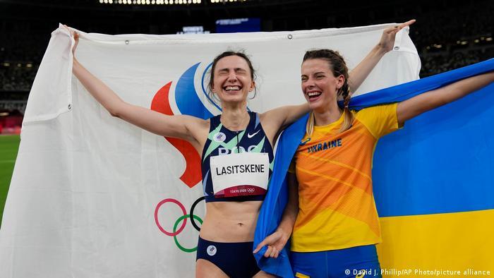 High jumpers Mariya Lasitskene (left) of Russia and Yaroslava Mahuchikh (right) of Russia