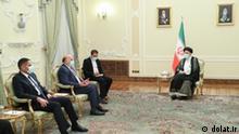 Iraq's Forign Minister, Foad Hussein met Ebrahim Raisi in Teheran