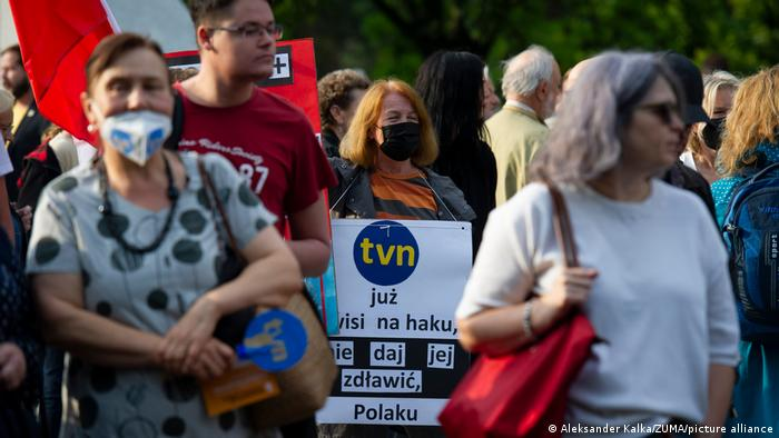 Polen I Demonstration gegen neues Rundfunkgesetz