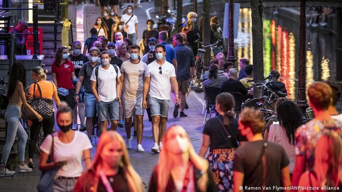 Niederlande Amsterdam Touristen