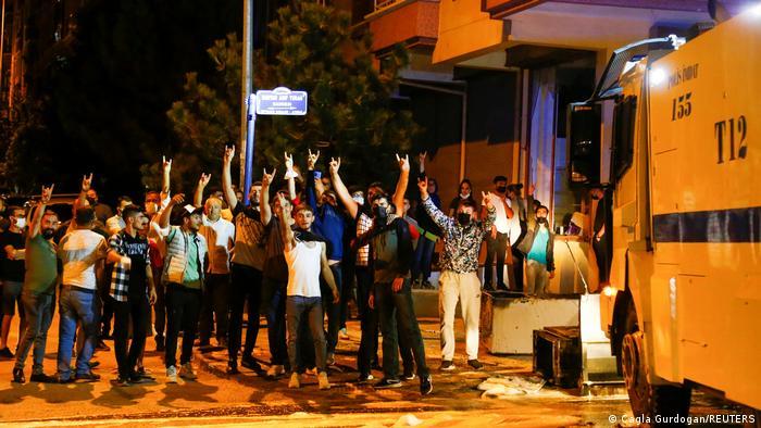 Altındağ′daki olaylar sonrasında 76 kişi gözaltına alındı | Türkiye | DW | 12.08.2021