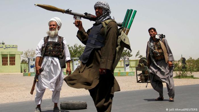 Milicianos talibanes.