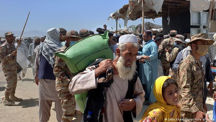 Refugiados afganos en la región fronteriza con Pakistán.