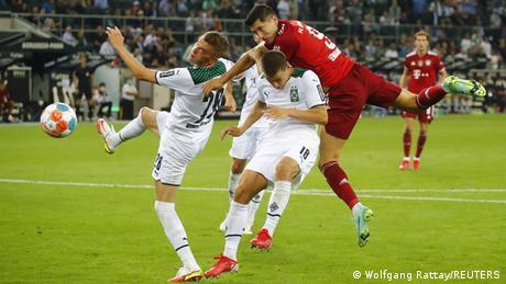 Bundesliga Auftakt   Borussia Mönchengladbach v FC Bayern München
