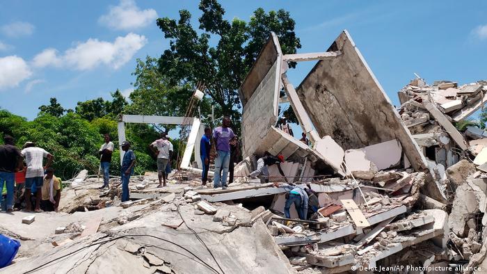 海地南部8月14日发生里氏7.2级地震