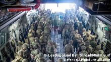 15.08.2021++++ In this photo provided by the Ministry of Defence on Sunday, Aug. 15, 2021, members of the 16 Air Assault Brigade arrive in Kabul as part of a 600-strong UK-force sent to assist with Operation PITTING to rescue British nationals in Afghanistan amidst the worsening security situation there. (Leading Hand Ben Shread/Ministry of Defence via AP)