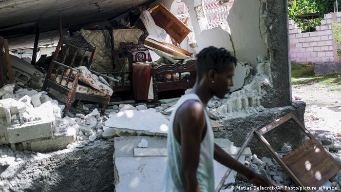 Haiti Erdbeben Bergungsarbeiten