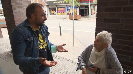 Le candidat Mirza Edis essaie de convaincre les électeurs de Duisbourg-Hochfeld