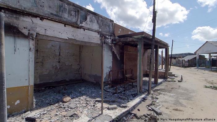 Foto de arquivo (agosto de 2018): Edifício destruído em Mocímboa da Praia