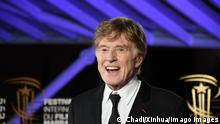 Bilder des Jahres 2019, Entertainment 12 Dezember 191207 -- MARRAKECH, Dec. 7, 2019 -- Robert Redford arrives to attend a tribute to him at the 18th Marrakech International Film Festival in Marrakech, Morocco, Dec. 6, 2019. The 18th edition of Morocco s Marrakech International Film Festival kicked off on Friday evening with presence of movie stars from different countries. A total of 14 films will compete in the official competition of this edition of the festival, which will pay tribute to the U.S. actor Robert Redford. Photo by Chadi/Xinhua MOROCCO-MARRAKECH-FILM FESTIVAL-TRIBUTE-ROBERT REDFORD ChenxBinjie PUBLICATIONxNOTxINxCHN
