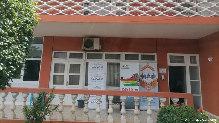 Guinea-Bissau   Hauptsitz der Hohen Kommission für Covid-19 in Bissau.