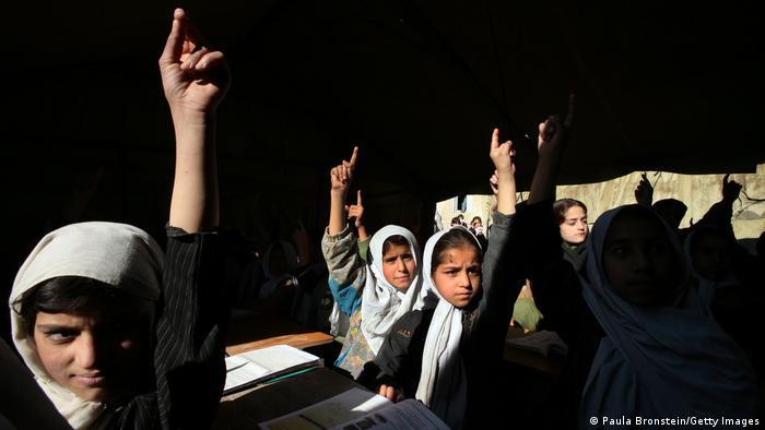 BG I Frauen und Mädchen in Afghanistan