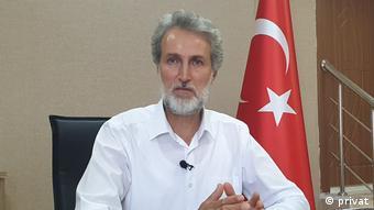 Ο καθηγητής Ορχάν Ντενίζ, Πανεπιστήμιο Yüzüncü Yıl