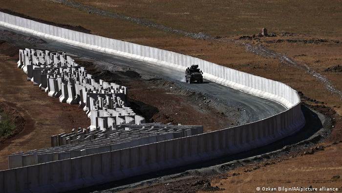 H κατασκευή τείχους στα σύνορα Τουρκίας - Ιράν