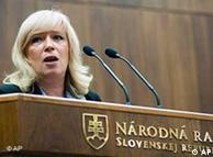 Ιβέτα Ραντίκοβα, πρωθ. Σλοβακίας. Σε αναζήτησης συναίνεσης