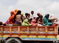 Pakistanske izbjeglice se nadaju da će uskoro dobiti pomoć