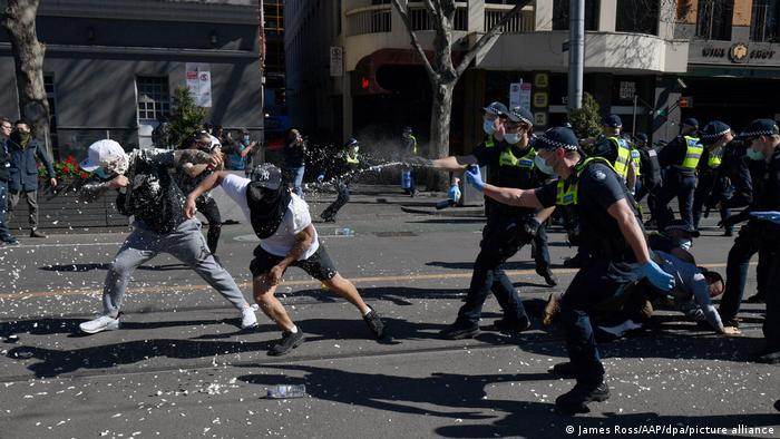 Australien I Protestaktion gegen die Lockdown-Maßnahmen