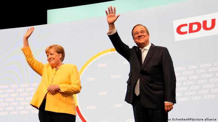 Deutschland, Berlin   Angela Merkel und Armin Laschet beim CDU-Wahlkampfauftakt