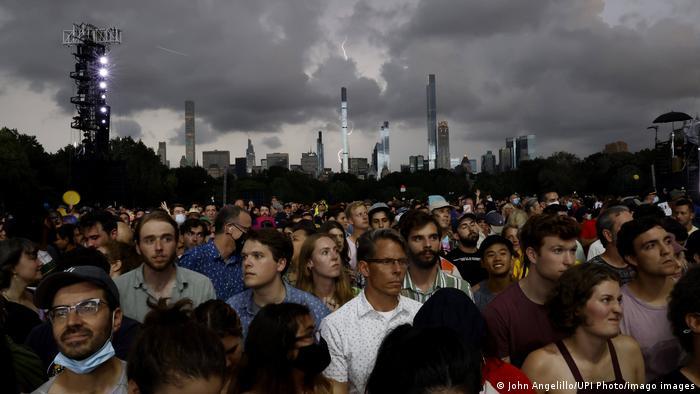 USA New York   Konzert im Central Park wegen Unwetter abgebrochen