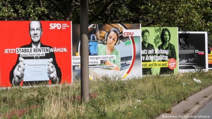 Προεκλογικές αφίσες Σοσιαλδημοκρατών, Χριστιανοδημοκρατών και Πρασίνων