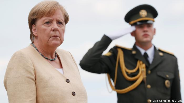 Ukraine | Bundeskanzlerin Angela Merkel nimmt an einer Kranzniederlegung in Kiew teil