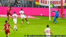 GER, DFB, FC Bayern Muenchen vs. 1.FC Koeln / 22.08.2021, Allianz Arena, Muenchen, GER, DFB, FC Bayern Muenchen vs. 1.FC Koeln, im Bild Tor zum 2-0 durch Serge Gnabry FCB 7 mit Timo Horn 1.FC Koeln 1 *** GER, DFB, FC Bayern Muenchen vs 1 FC Koeln 22 08 2021, Allianz Arena, Munich, GER, DFB, FC Bayern Muenchen vs 1 FC Koeln, in picture goal to 2 0 by Serge Gnabry FCB 7 with Timo Horn 1 FC Koeln 1 nordphotoxGmbHx/xStraubmeier nph00004