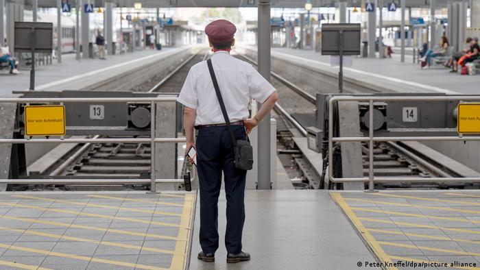 Німецькі залізничники знову страйкують
